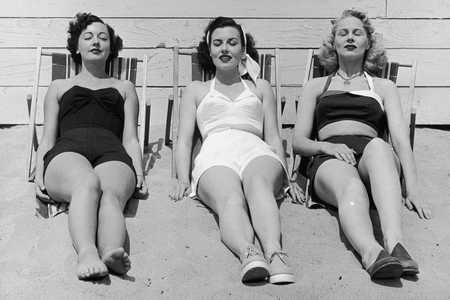 Women Sunbathing Things Southerners Say In Summer