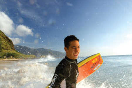 bodyboarder in hawaii