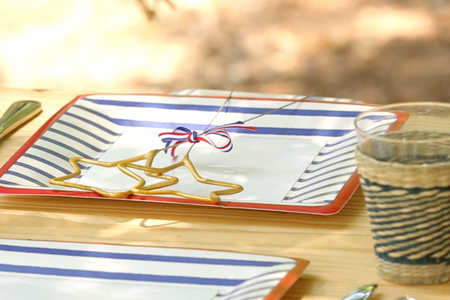 DIY Patriotic Table Setting