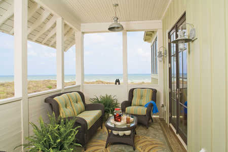 2009 Southern Living Texas Idea House Second-Floor Porch