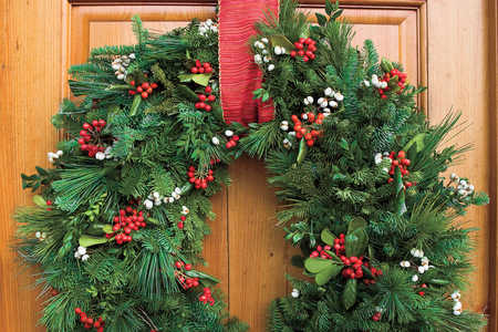 Style Guide: Christmas Wreaths