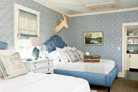 Hydrandea Blue Twin Bedroom