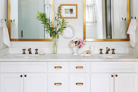 Anna Braund White Cottage Master Bathroom