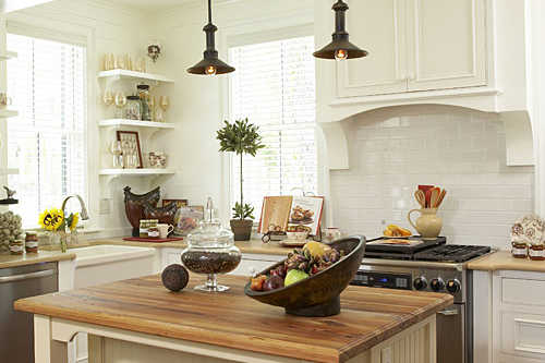 Kitchen in Lowcountry Cottage