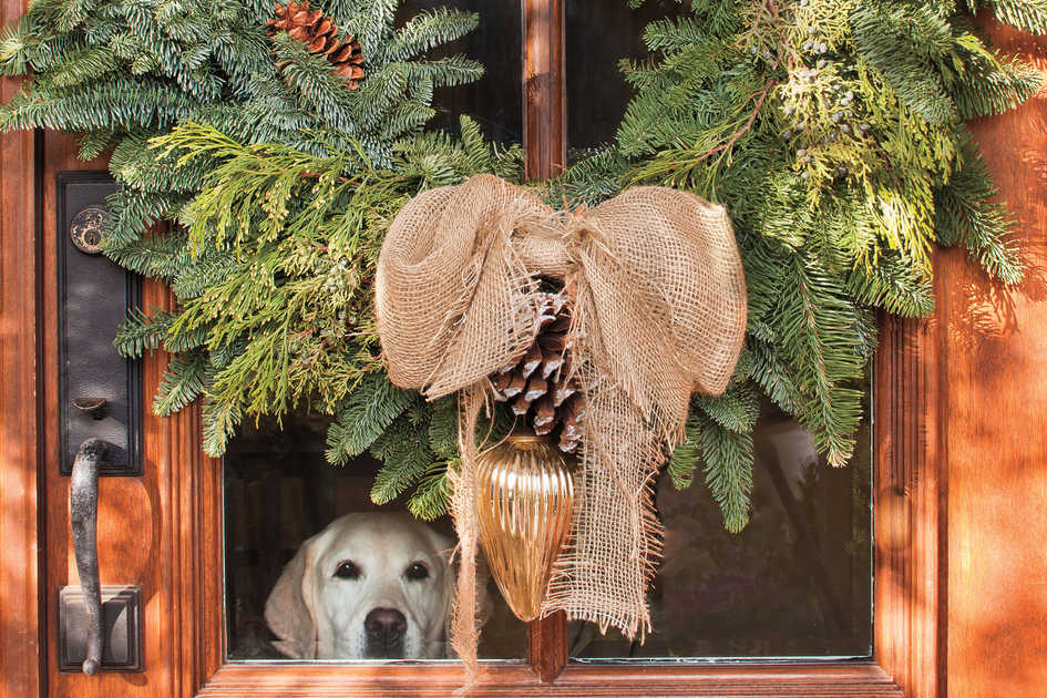 rustic wreath - Front Door Christmas Decorations Ideas