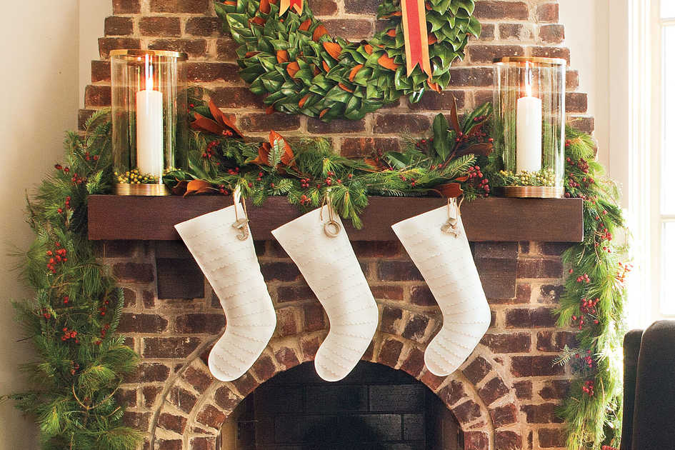 simple refined - Christmas Mantel Decorating Ideas