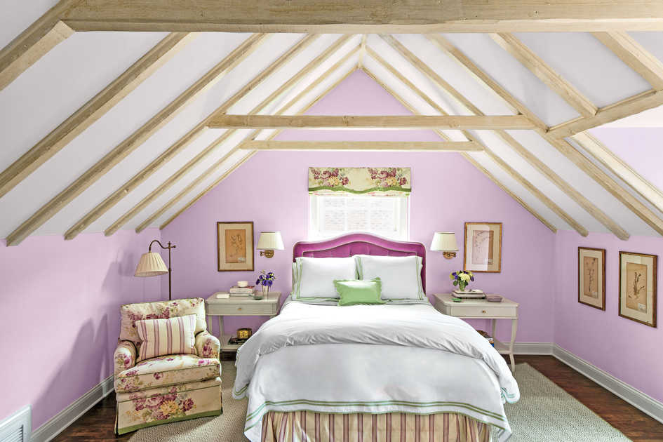 Tranquil Pueple Bedroom