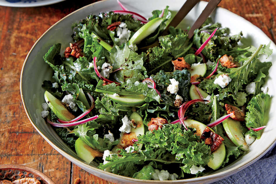 Apple and Goat Cheese Salad with Candied Pecans