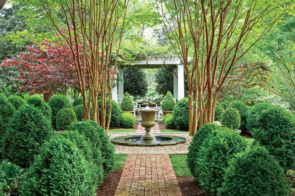 Landscaping ideas front yard backyard southern living for Landscape design usa
