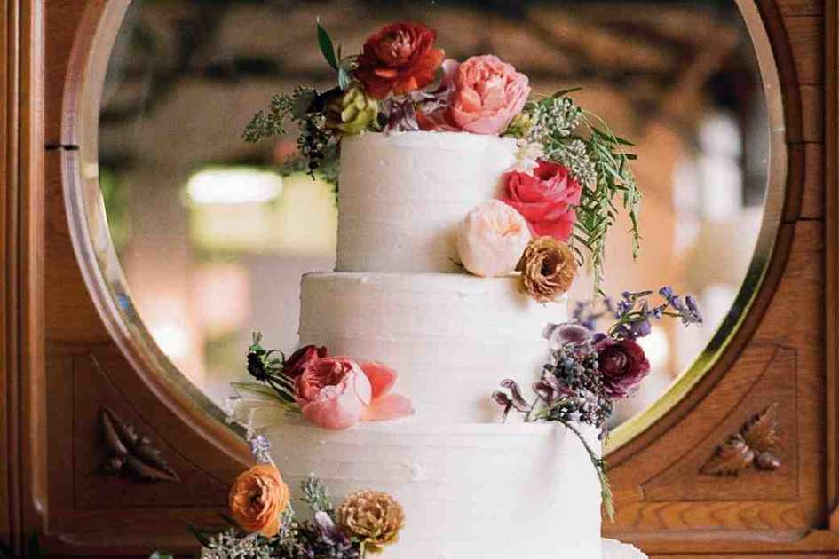 About Wedding Cakes